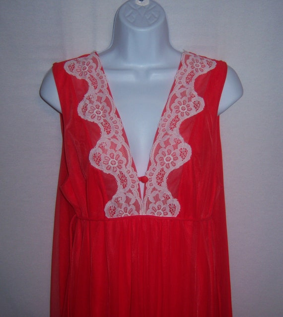 Vintage Jenelle of California Orange Red Lace Trim