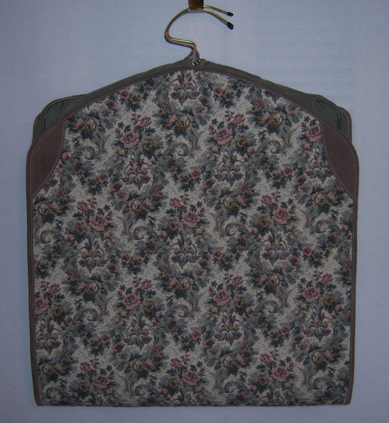 7f658c4c0f20 Vintage French Luggage Company Grey Gray Rose Floral Flower