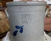 Americana Rowe Pottery Crock Vase