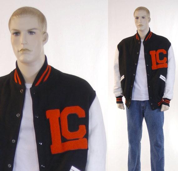Vintage 1950s Men's Varsity Letterman Jacket / Bla