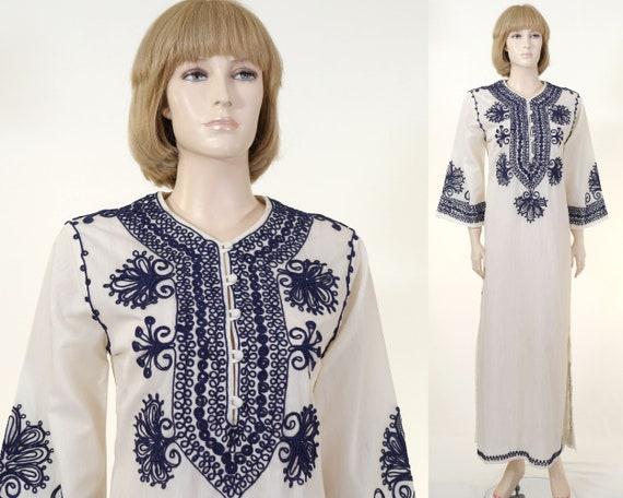 Vintage Women's Embroidered Kaftan - White Kaftan/