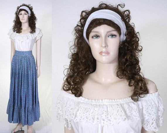 Vintage Romanian Peasant Costume - Full Skirt & Pe