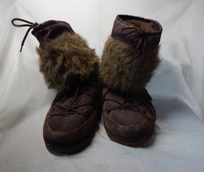 f48329ec77697 Women Girls Winter Boots, moccasin, moon boot type, brown with inside  liner, ZARA, Size 7
