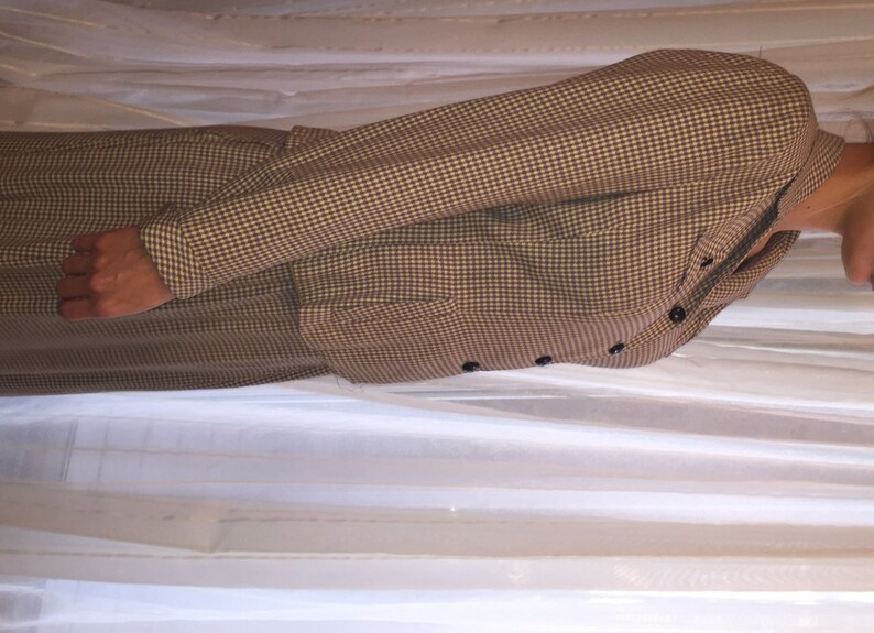 ca 1940s Vintage Greyish Violet and Pale Yellow Light Wool Houndstooth Suit
