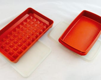 Vintage Tupperware Red Meat Containers x 2 / Red Tupperware Meat Containers