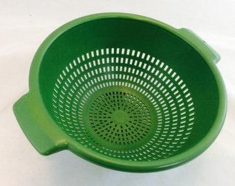 Vintage Colander Avocado Green Plastic Colander Strainer