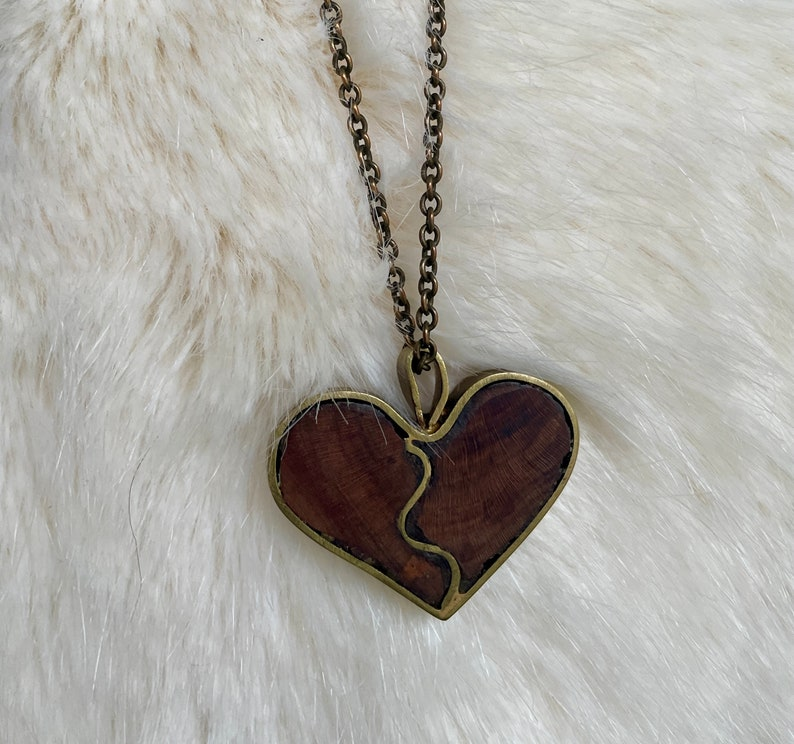 one of a kind bohemian brutalist style Vintage chunky wood and brass handmade heart pendant necklace