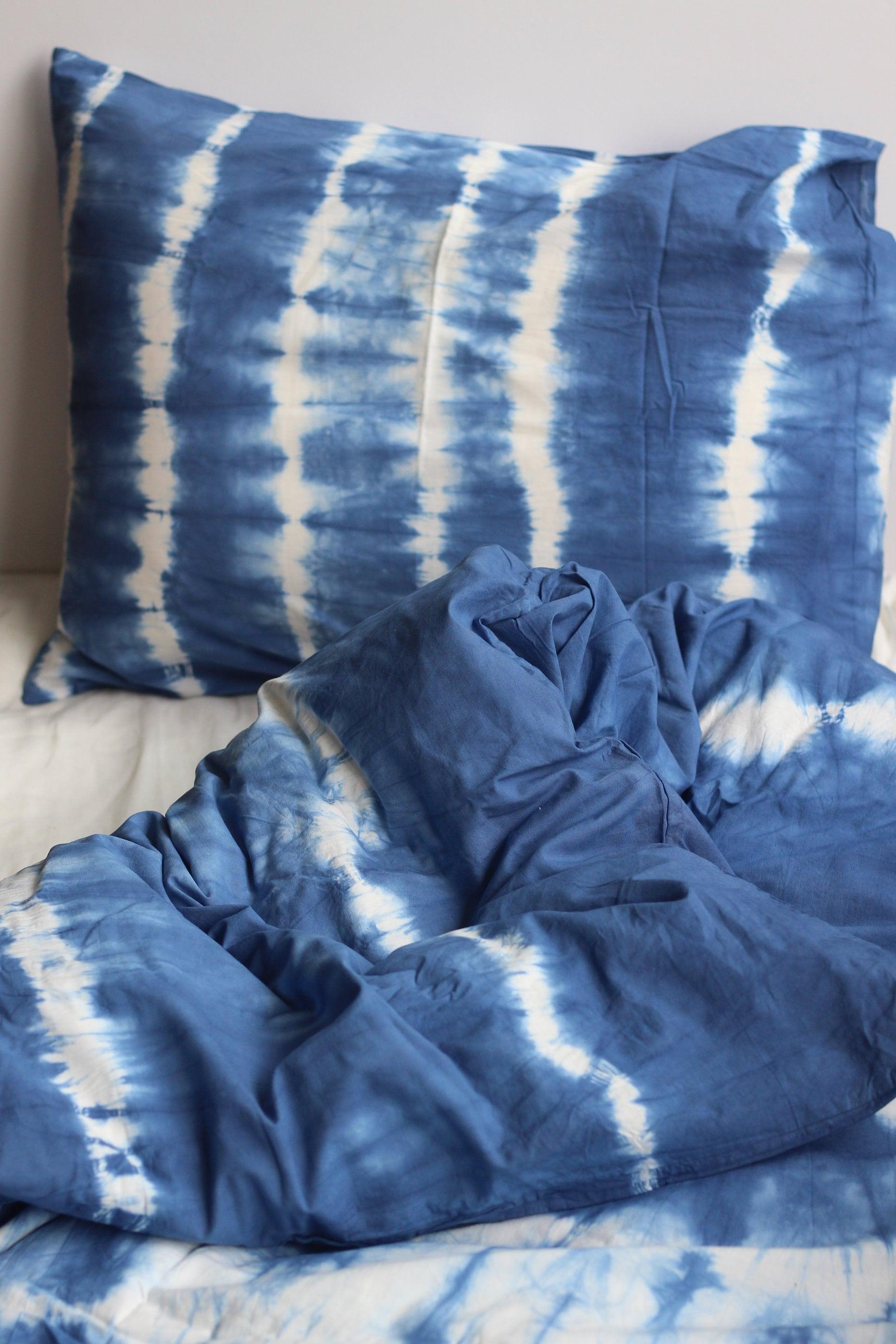 Indigo Tie Dye Bedding Set Queen Shibori Hand Dyed Bedspread with Pillow Covers