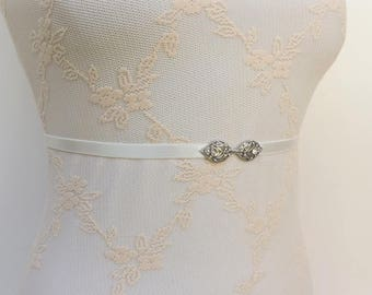 Ivory elastic waist belt. Silver leaf belt. Rhinestone belt. Skinny belt. Dress belt. Bridal belt. Thin belt. Bridesmaids belt.