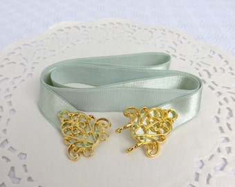 Mint green elastic waist belt. Gold filigree buckle. Bridal/ Bridesmaid wedding belt. Dress belt. Light green belt. Pastel green belt.