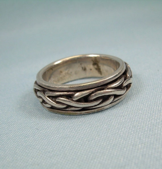 Irish Celtic Knotwork Claddagh Sterling Silver Ring by Peter Stone Fine Jewelry