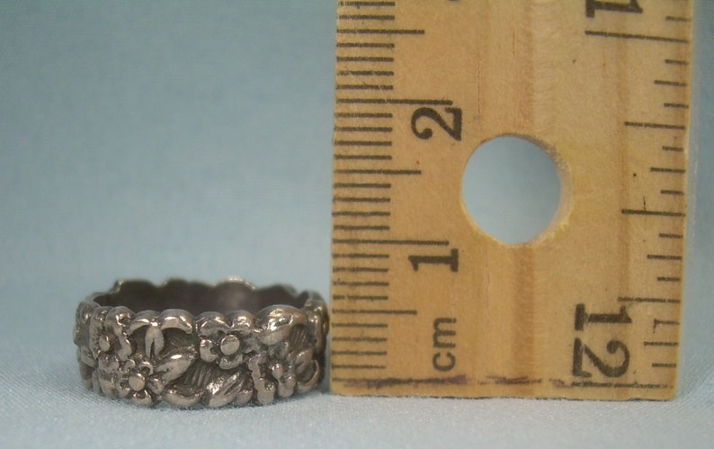 STERLING ANTIQUE FLOWERS Ring Size 5-12 Vintage 925 Silver-Possibly Uncas-Fancy Ornate Floral Carved-Stacking Stackable Wide Wedding Band