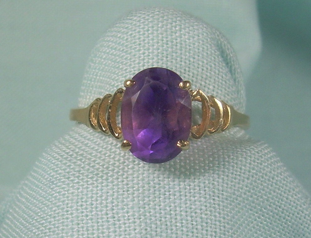 1e442b9e9860d 14K AMETHYST Solitaire Ring Size 6-1/4 Vintage 14kt Solid Yellow Gold-Solid  583 585 au-KF Hallmark-Sweet Dainty-Deep Rich Royal Purple