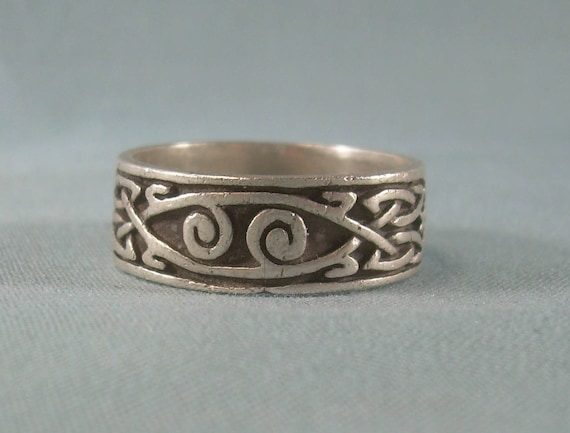 """925 sterling silver band ring with Celtic knot design 3//8/"""" wide"""