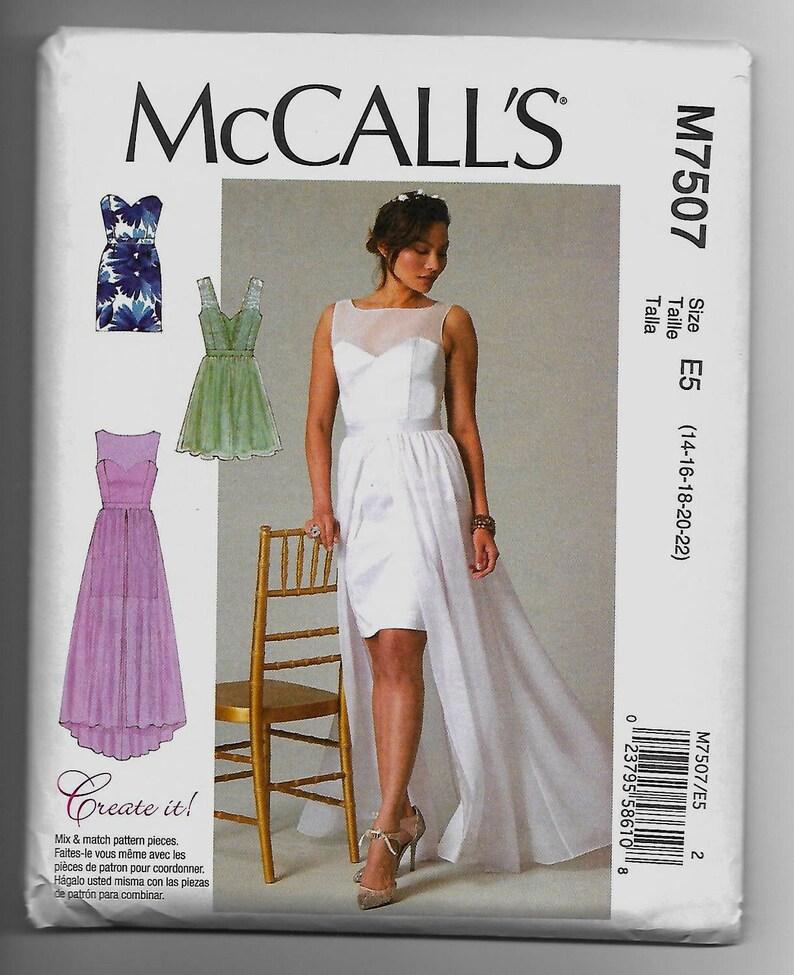 19066c9b9 M7507 McCall vestidos costura patrón tamaños 14-22 Mix y Match el patron