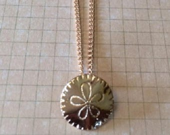 Dainty Gold Necklace - Gold Necklace Dainty - Sand Dollar - Sand Dollar Necklace - Sand Dollar Jewelry - Sanddollar - Sanddollar Necklace -