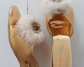 2dc7e390d159 1950s slippers - vintage 1950s gold