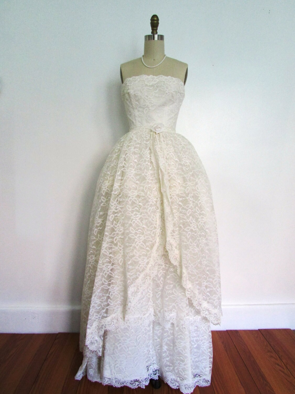 1950s Lace Lace Fashion Article Popularity Of 1950s Lace: 1950s Lace And Satin Wedding Gown Vintage 50s Four Tier