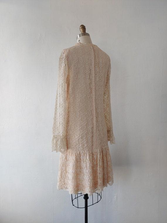 vintage 1960s beige lace dress - 1960s beige lace… - image 6