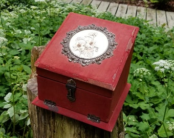 Victorian Shaving Box with Contents
