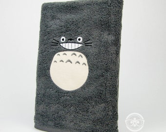 My Neighbor Totoro Bath Towel - Geeky Embroidered Bathroom Towel Decor