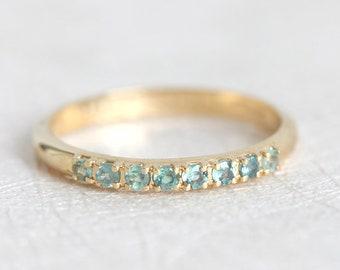 Alexandrite Ring, Alexandrite Wedding Band, June ring, June Birthstone Ring, Mother Jewelry, Yellow gold Band, Yellow Gold Ring, Green Ring