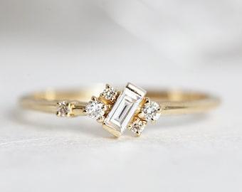 Diamond Ring, Diamond Cluster Ring, Baguette Diamond Ring, Baguette Engagement, Woman Diamond Ring, Mini cluster ring, gemstone ring