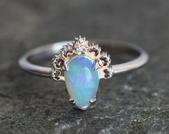 Opal Engagement Ring, Opal Lace ring, Opal Diamond Ring, Gold Opal Ring With Lace Crown, Diamond Opal Ring, Ethiopian Opal Ring, Welo Opal