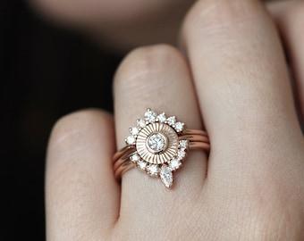 Sunset Ring Set, Diamond Sun Ring with Curved Diamond Crown Rings, Bohemain Engagement Ring, Boho Diamond Ring Set