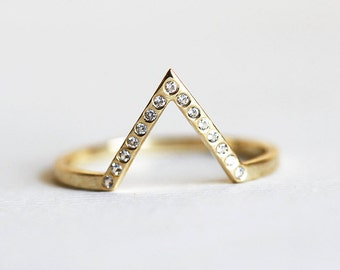 The Prettiest Engagement Rings Curated By Weddingbells On Etsy