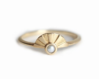 White Pearl Ring, Sun Ring, Engagement Ring, Freshwater Pearl Ring, Simple rose Gold Ring, 14k Gold Ring, 18k Rose God Pear Solitaire Ring