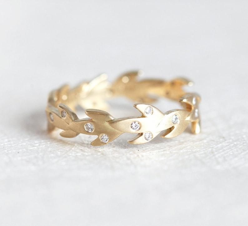 Vine Wedding Band with Diamonds Nature Leaf Wedding Ring
