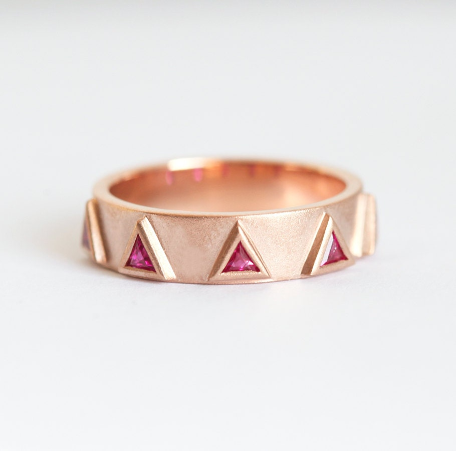50: Triangle Ruby Wedding Rings At Reisefeber.org