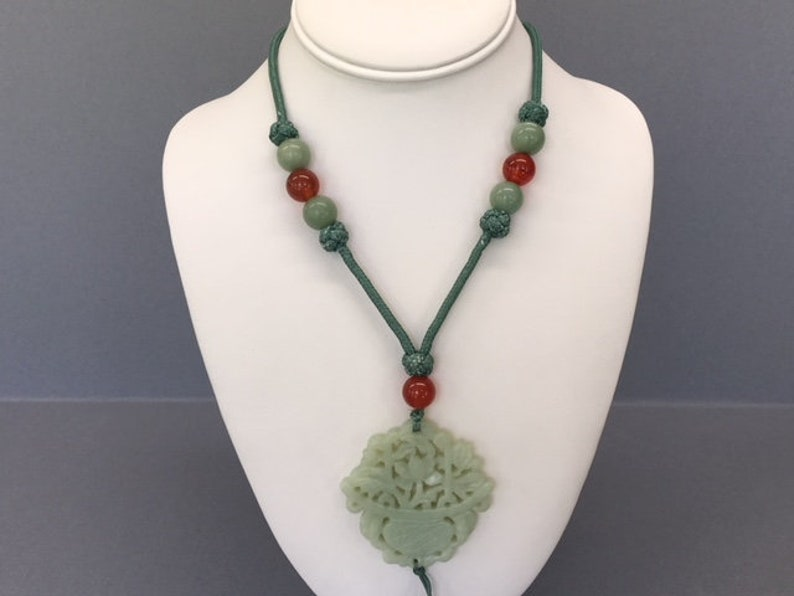 Jade Beaded Necklace Carved Jade Statement Necklace Vintage Jade and Carnelian Necklace Jadeite Long Green Tassel Jewelry