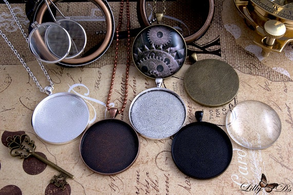 10 x Pendant 38mm Antique Bronze with Matching Magnifying GLASS