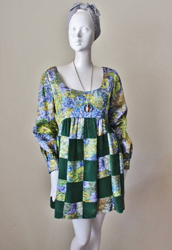 Vintage minidress 1960s. Velvet, quilted, empire w