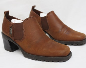"Rare 90's Vintage ""NICOLE"" Brown Leather Below-The-Ankle Boots/Heels  Sz: 7M (Women's Exclusive)"