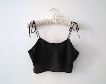 Marilyn cropped camisole in sheer black