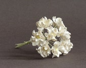 15mm Off-White Paper Wildflowers- 10 pieces of mulberry paper flowers with wire stems [151-t]