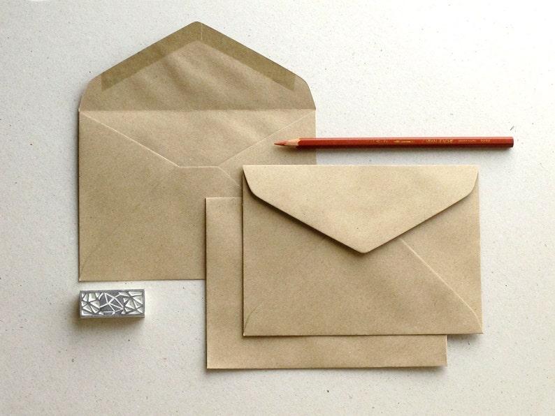pacco da 250 DL portafoglio Envelope Peel e guarnizione 120gsm Pilastro di rosso BLK93016