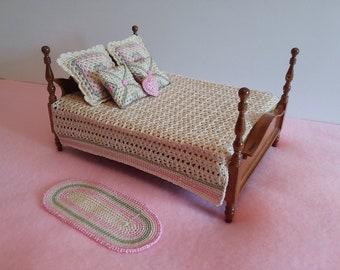 1:12 scale Miniature Bedding Crochet Pattern PDF