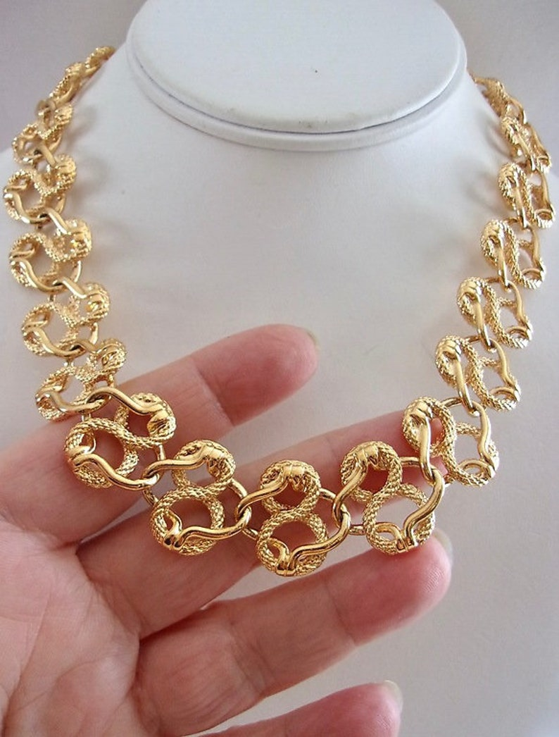 Vintage Ornate Fancy Loop Chain NAPIER Gold Tone Looped Chain Necklace