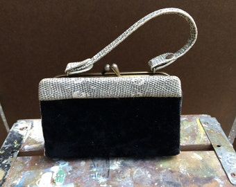 fe2f66bf62f2 Velvet fancy purse