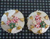MIRIAM HASKELL STYLE Flower Button vintage clip on earrings