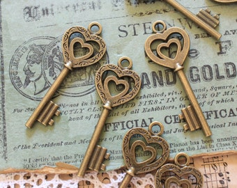 10 Heart Skeleton Keys Antique Brass Steampunk Supplies Wedding Key
