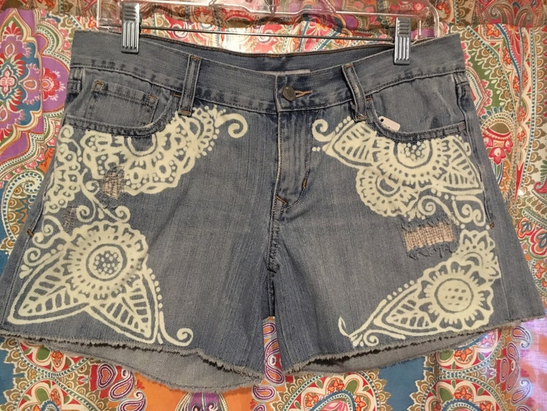 Medium UniqueHand painted bleached denim jean shorts size 6