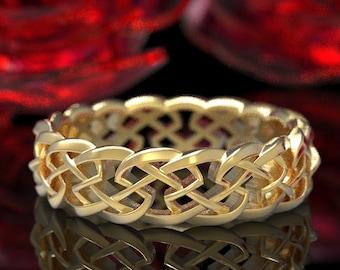 Gold Celtic Knot of Protection, Celtic Wedding Band, Celtic Knotwork Ring, 10K 18K Platinum Irish Wedding Design, Celtic Wedding Ring, 1356