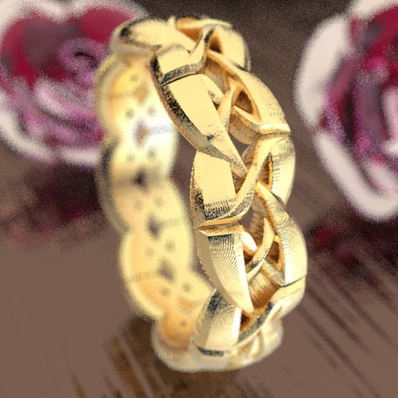 Gold Celtic Cut-Through Trinity Knot Style Design in 10K 14K 18K or Palladium, Made in Your Size CR-1073