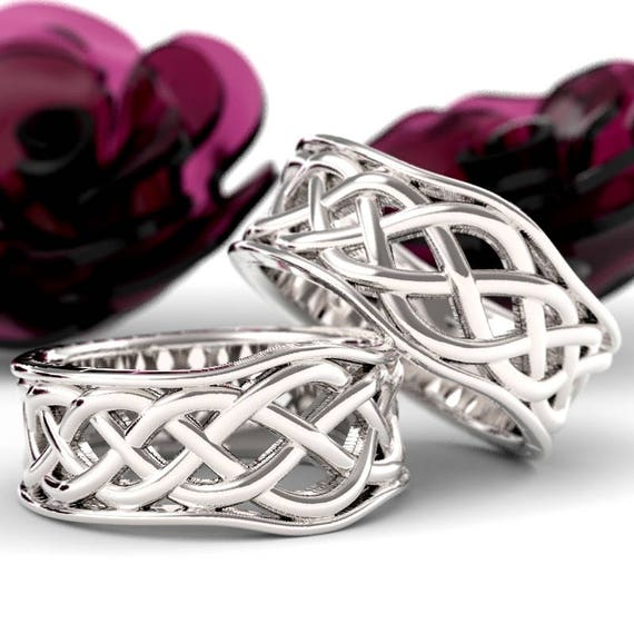 Celtic Knot Wedding Band Set, 925 Sterling Silver Wedding Ring Set, His and Hers Wedding Bands, Celtic Knotwork, Made in Your Size 1109