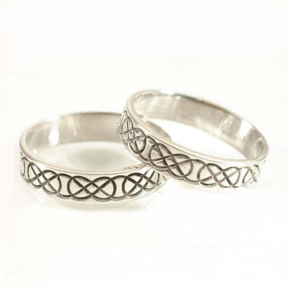 Celtic Wedding Ring Set with Raised Relief Infinity Knotwork Design in Sterling Silver, Wedding Ring Made in Your Size CR-753